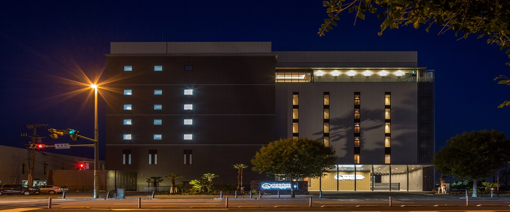 REX HOTEL 別府 海側 夜